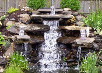 iskusstvennyj-vodopad-originalnye-idei-v-landshaftnom-dizajne